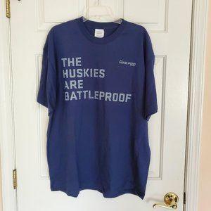 SALE UCONN Huskies Nike T-shirt Like New
